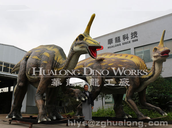 moving dinosaur model for dino park